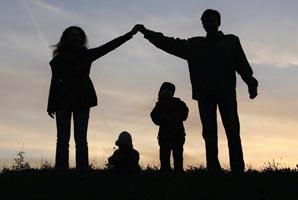 Family_silhouette2.jpg
