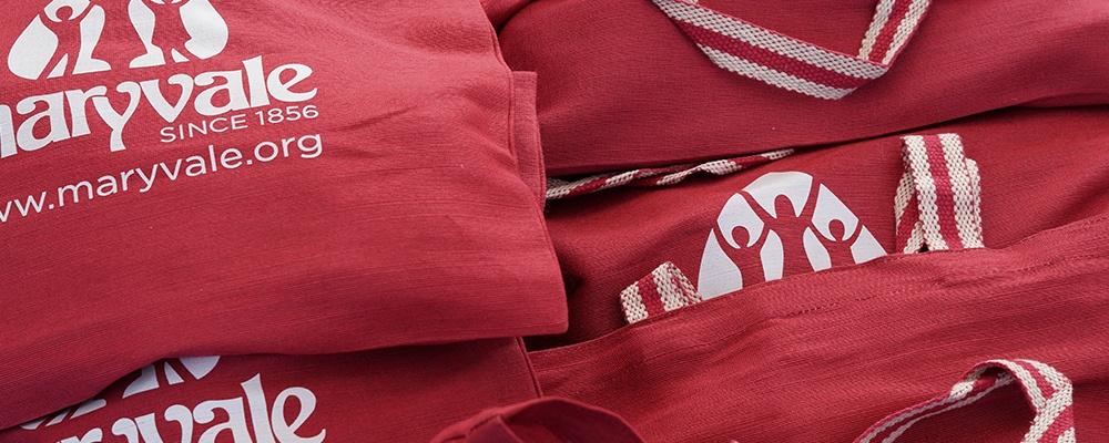 1000X400-redbags.jpg